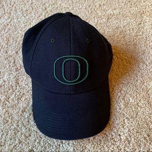 Nike Oregon Ducks adjustable hat